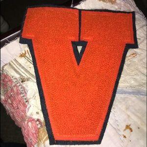 """Letterman Sport Jacket Patch """"V"""" Orange"""